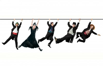 """Valmieras teātrī top izrāde bērniem - Žila Verna """"80 dienās apkārt zemeslodei"""""""