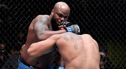 UFC Lasvegasā: smagsvaru duelī Lūiss atkal cīņu pabeidz ar vienu sitienu