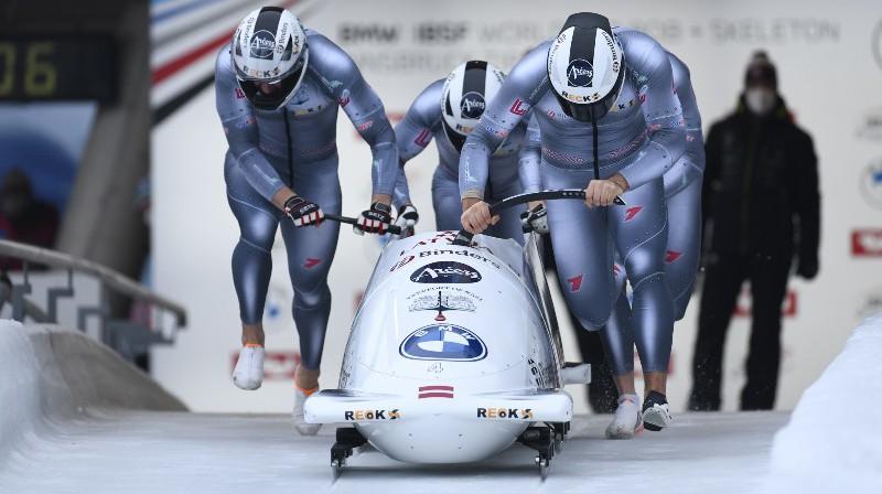 Oskars Ķibermanis un ekipāža startā. Foto: Viesturs Lācis/bobslejs.lv