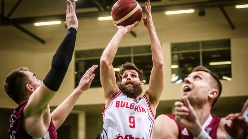 Čavdars Kostovs spēlē pret Latviju. Foto: FIBA