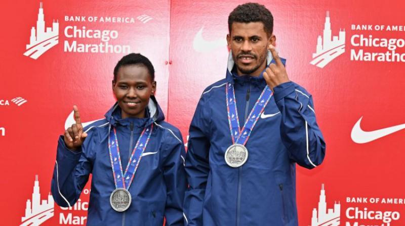 Čikāgas maratona uzvarētāji. Foto: AFP/Scanpix