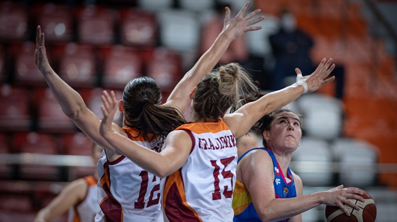 "Anete Šteinberga, Tina Krajišnika un ""Galatasaray"": pirmā uzvara Eirolīgā. Foto: EuroLeague Women"