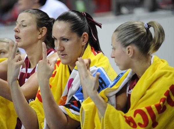Treneri vērtē sieviešu izlases sniegumu