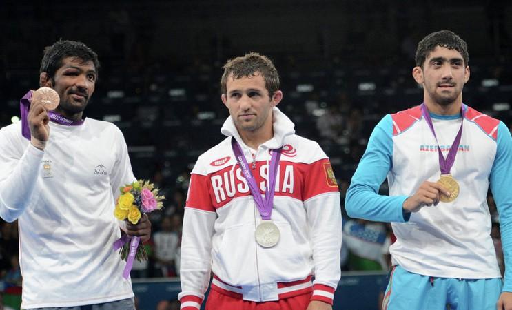 Mirušam sportistam netiks atņemta olimpiskā medaļa, dopinga lieta izbeigta