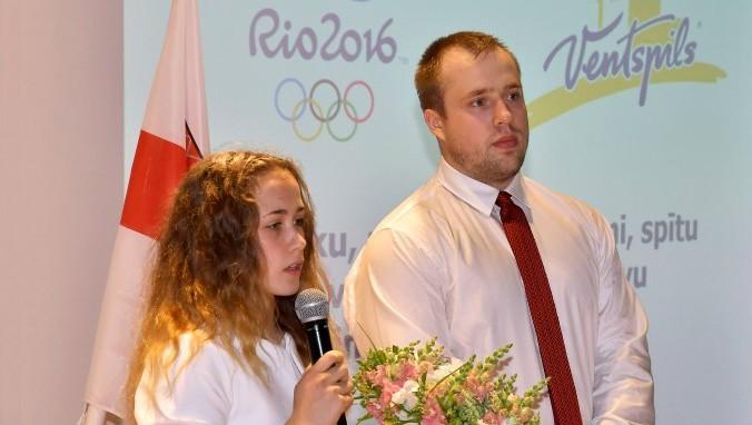 Koha un Plēsnieks saņem gada atzinības Ventspilī
