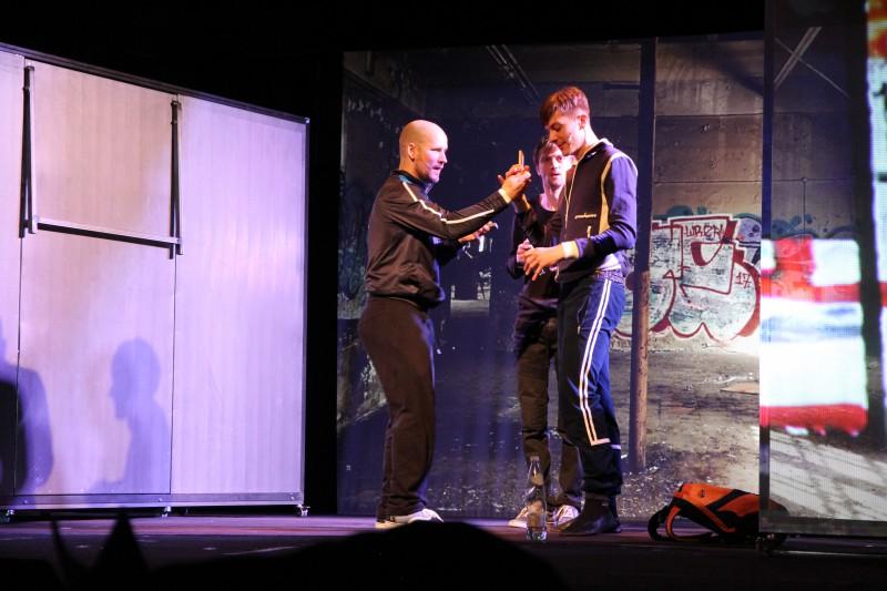 """""""Romeo un Džuljeta"""" Latvijas Leļļu teātrī – """"Vienkāršas atbildes nav!"""""""