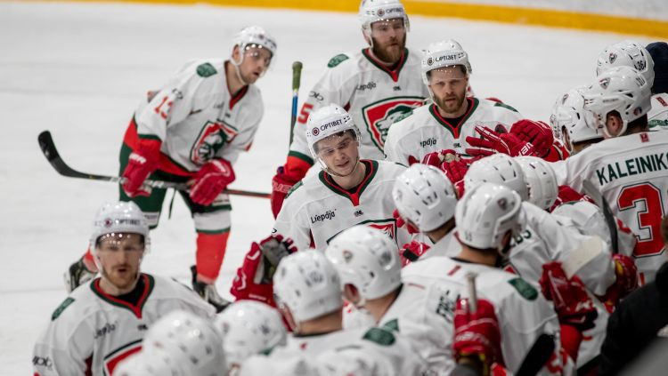 OHL bronzas pretendentu cīņa Liepājā, līderes spēkosies pret pastarīšiem