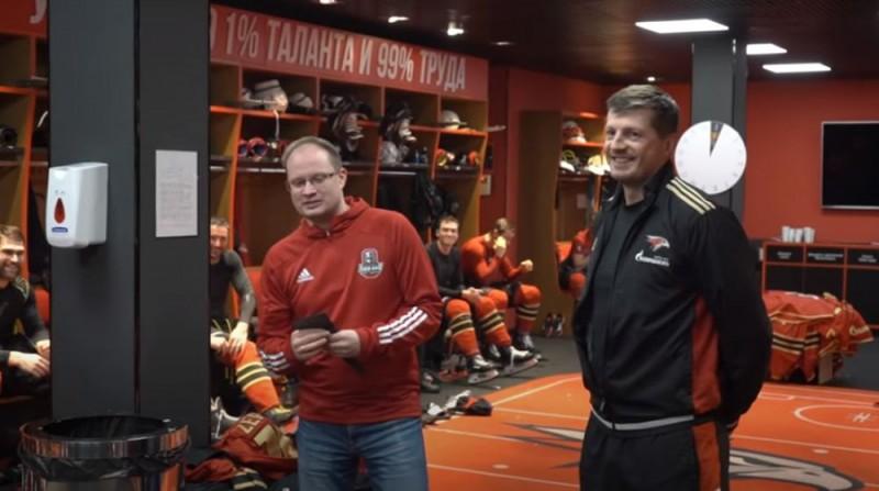 Groms turpinās strādāt Omskas ''Avangard'' uz vēl vienu sezonu