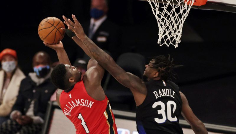 """Bijušais """"Knicks"""" spēlētājs Ouklijs: """"Rendls ir labāks par Zaionu"""""""