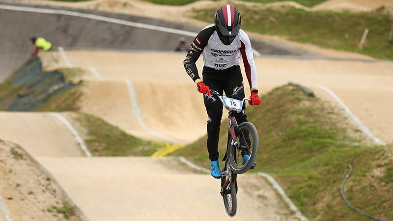 Veronā BMX sezonas atklāšanu sabojā lietus