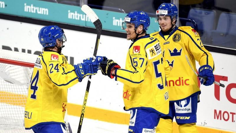 Zviedrijas hokejisti otro dienu pēc kārtas pārspēj Norvēģiju