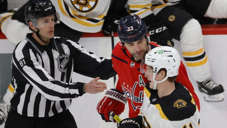 """Ar """"Capitals"""" un """"Bruins"""" sēriju šonakt sāksies Stenlija kausa izcīņa"""