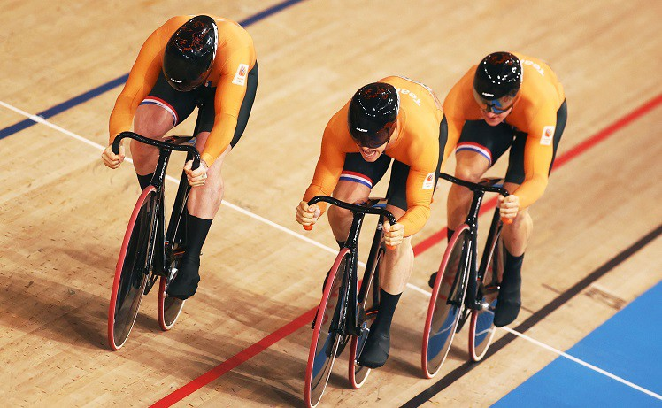 Nīderlandes treka sprinteri pārtrauc Lielbritānijas dominanci komandu sprintā