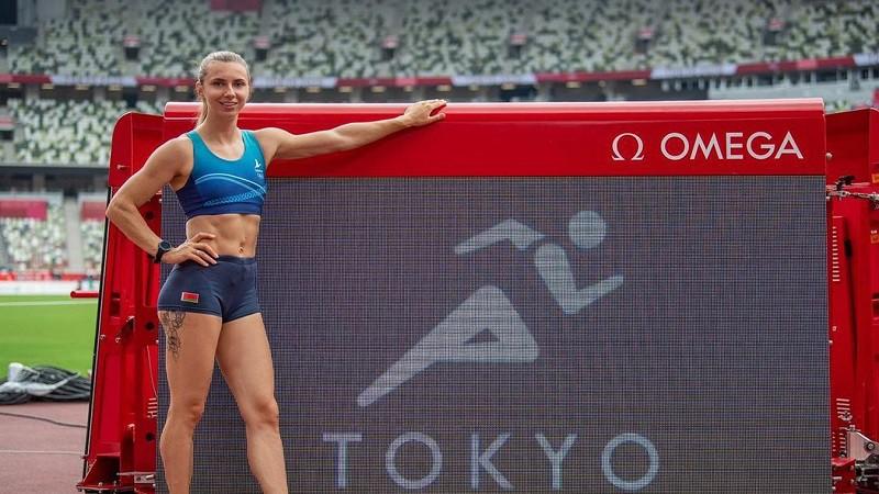 Cimanovska pārdod medaļu un ziedo naudu Baltkrievijas sportistu atbalstam