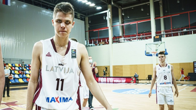 U19 izlases rezultatīvākais spēlētājs Vanags pievienojas ''Avis Utilitas Rapla''